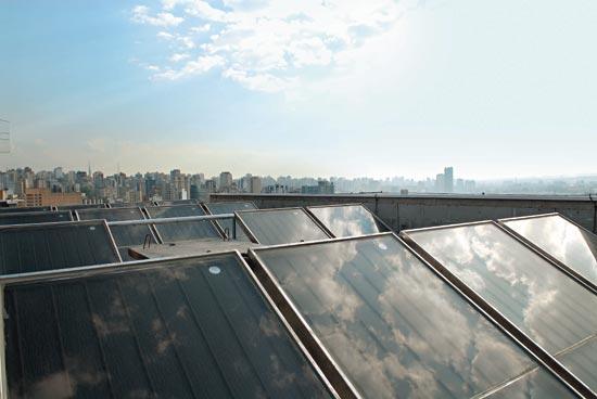 placas_solares_prédio
